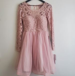 NWT Sequin Hearts Lace Formal Dress